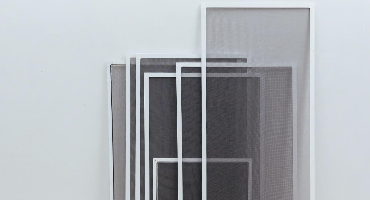 Как крепится москитная сетка к пластиковым окнам